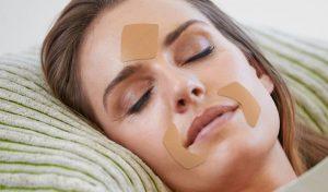 Reduce arrugas mientras duermes con parches antiarrugas Frownies